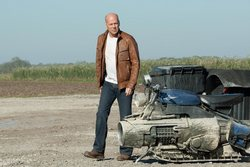 Bruce Willis in One of the Top Sci-Fi Films of 2012, Looper