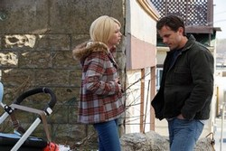 Michelle Williams and Casey Affleck face their present while dealing with a traumatic past in Manchester by the Sea.